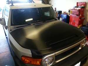 Toyota FJ Cruiser with a nice custom Carbon Fiber Vinyl Wrap on the Hood
